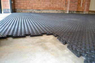 Part laid floor