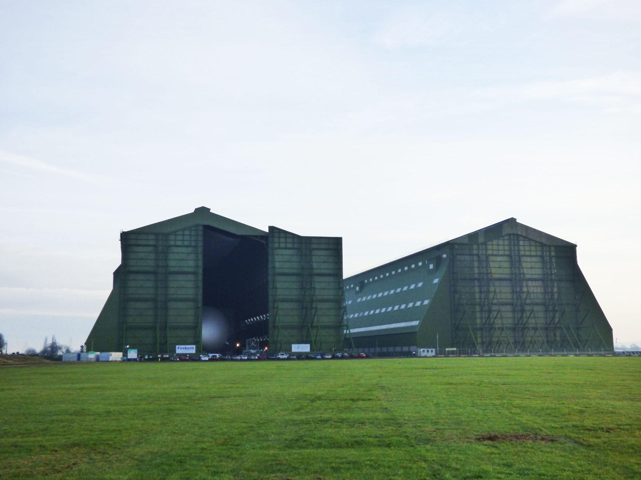 Door open - both hangars